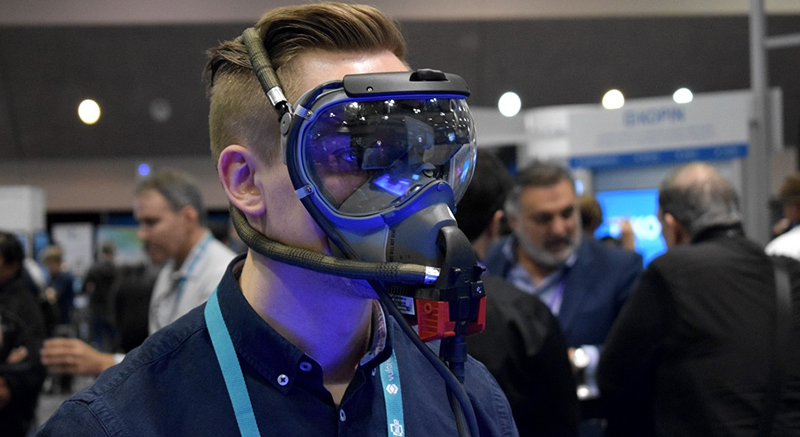 Odg S Mask Helps Pilots Navigate In Emergency Wearable