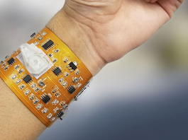 Wristband to detect diseases