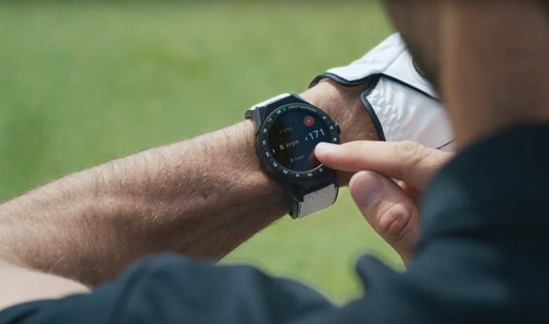Golfer wearing a Golf Edition watch by Tag Heuer
