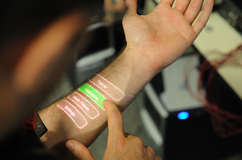 Flexible sensors on a hand