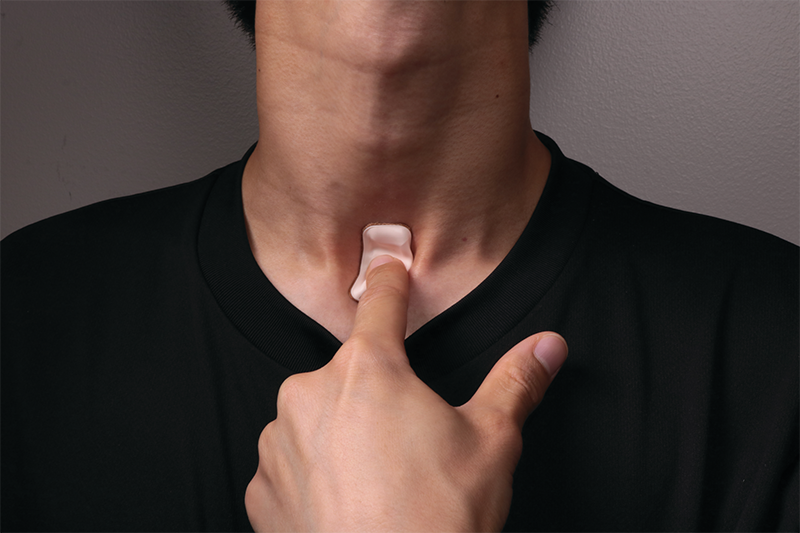 Throat sensor can track covid19 symptoms
