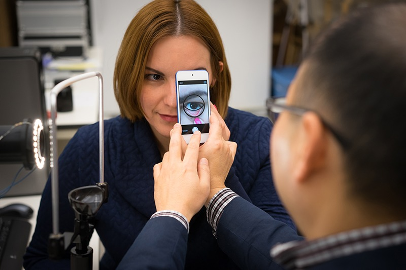 Smartphone app to assess anemia