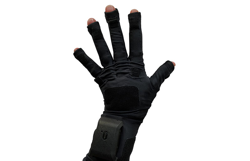 StretchSense gloves for Hollywood gaming